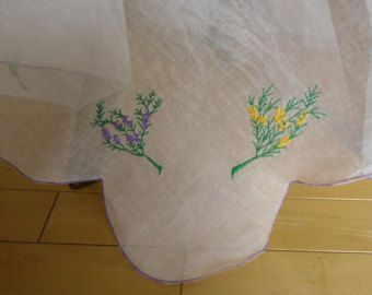 embroidered tablecloths - Vintage – Etsy IN