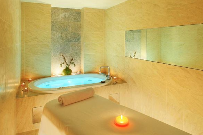 A Place To Relax The Wellness Room Spa Rooms Massage Room Design Indoor Spa