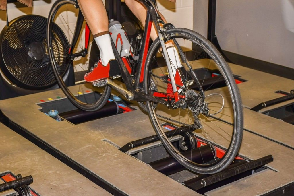 How To Do Winter Road Bike Training With Rollers Forget The