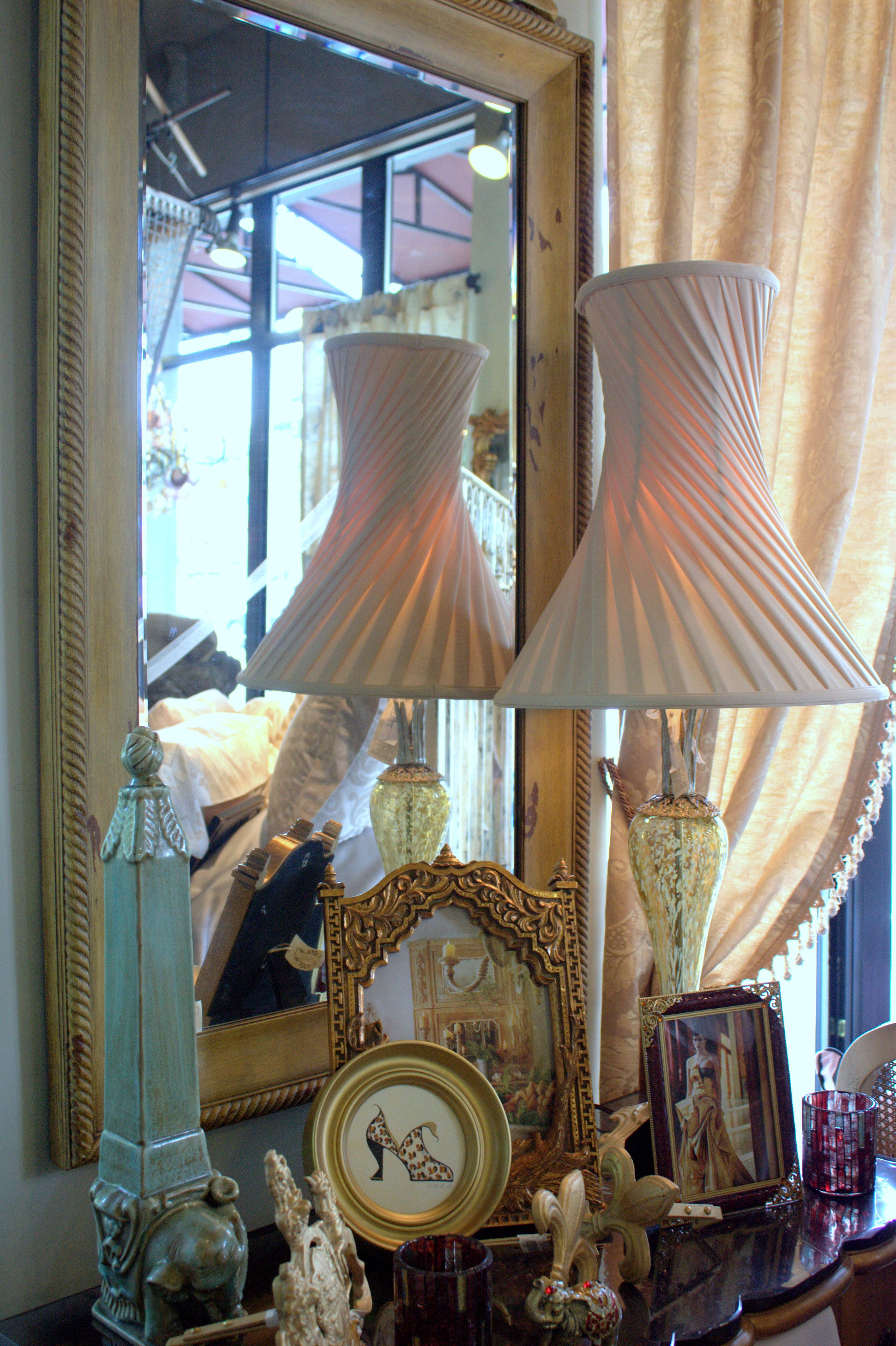 Romantic style decorative accessories and lighting fixture ...