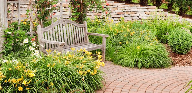 3 Ways to Maximize Your Landscaping Budget - Home ...