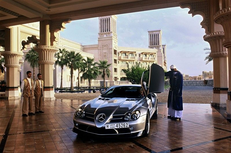 Parking Your Mercedes Benz Like A King Life Styles Of The Mega Rich