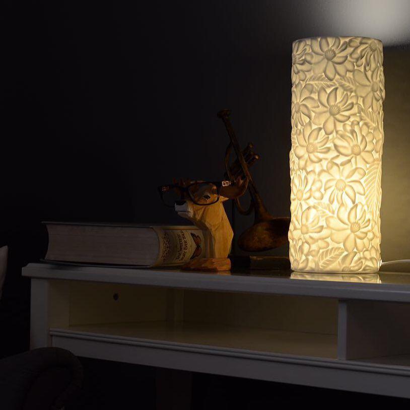 رومانسية الشتاء بالإضاءة الارتفاع 37 سم بسعر 80 ريال ديكور تصميم اناره ابجوره ابجورات اكسسوارات الرياض اثاث فازا Novelty Lamp Decor Entryway Tables