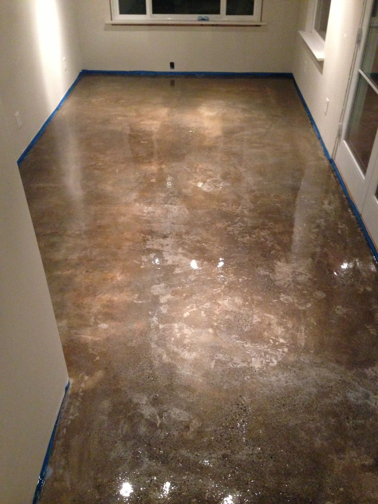 concrete floor refinishing 100 solid epoxy application
