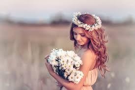 Resultado de imagen para corona de flores para cabeza