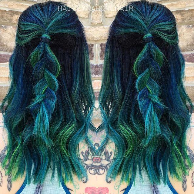 bluish-greenish