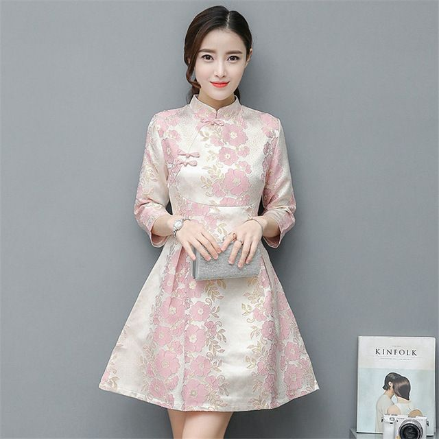 Sexy Short Cheongsam Dress Modern Qipao Dresses Casual Women Qi Pao Chinese  Traditional Dress Oriental Robe Chinoise Vestido a87ff3b31156