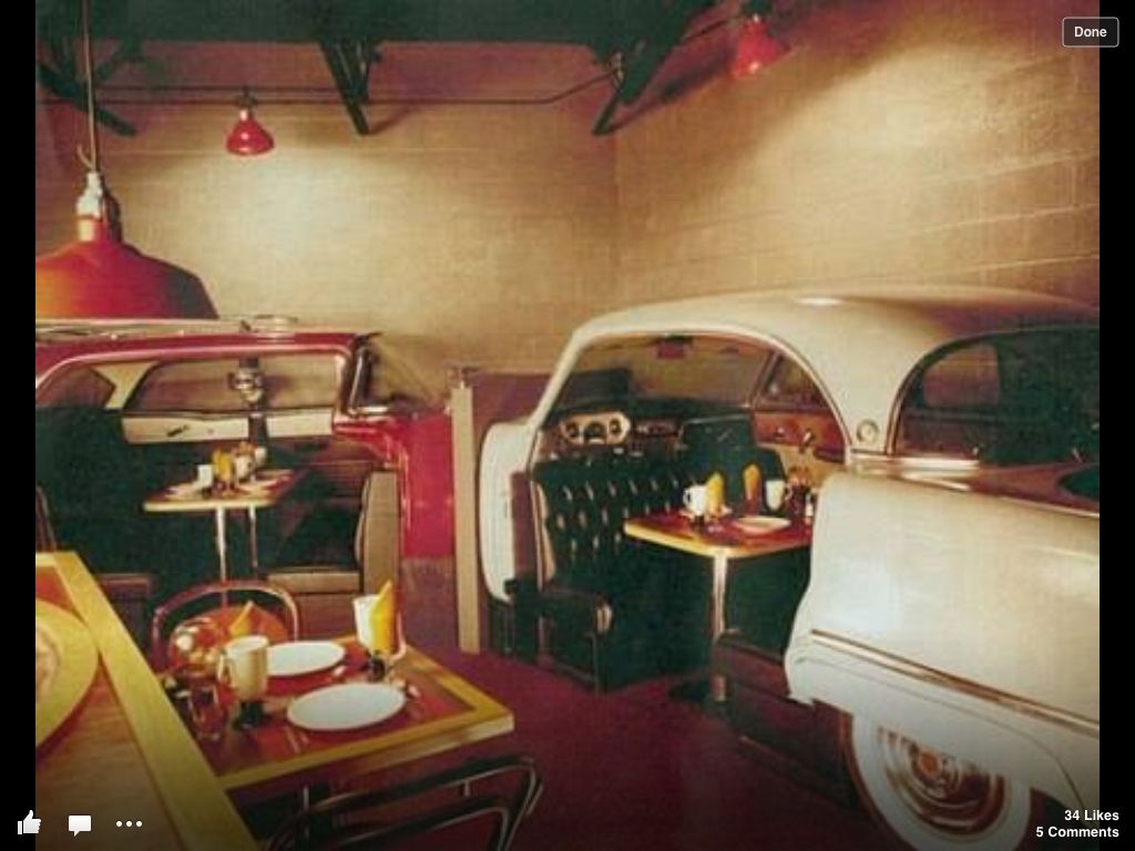Doug's Body Shop on Woodward! I remember eating in those