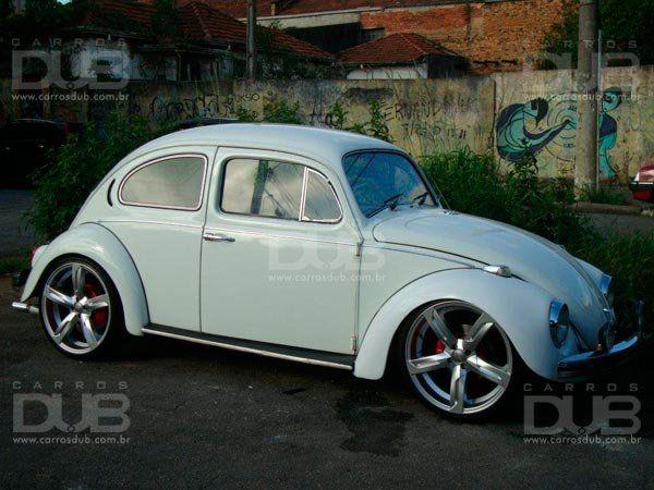 http://www.carrosdub.com.br/2013/02/12/fusca/fusca-rebaixado-com-rodas-aro-20/