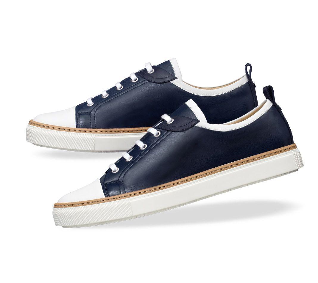 aa022ebd7d Chaussures Hermès Inside - Chaussures de sport pour homme en cuir Nappa  bleu et veau blanc