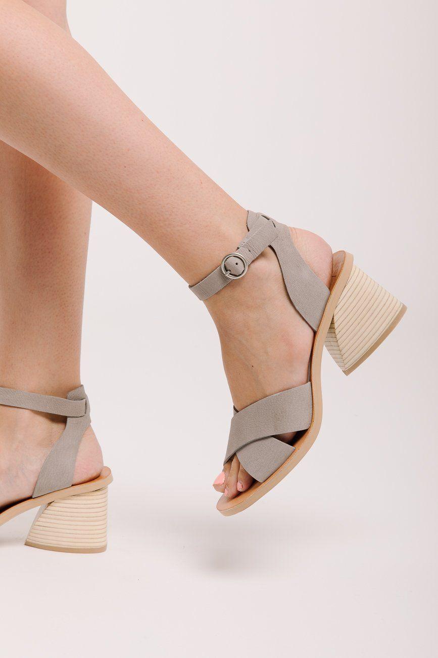 Dolce Vita Randi | Dolce vita, Womens sandals, Fashion shoes
