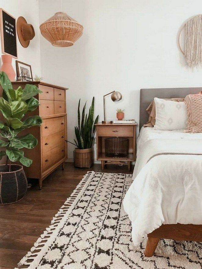 60 Inspiring Diy Cozy Small Bedroom Decorating Ideas On Budget 63 Comfy Bedroom Warm Bedroom Bedroom Inspirations