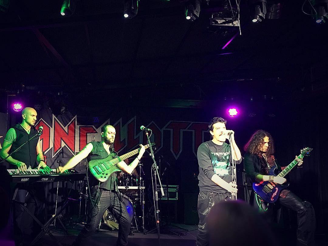 Non c'è due senza tre!  Mancava la foto della band al completo!  Più info sul loro sito ufficiale: http://ift.tt/2j0UdIV    #eventiroma #metal #metalmusic #musicband #keyboard #keyboardist #keyboards #tastiera #tastierista #roma #igersroma #ig_roma #igerslazio #ig_lazio #igersitaly #igersitalia #ig_italy #ig_europe #instagramers #gig #serateromane #jailbreakroma #livemusic #noidiroma #romabynight #cosafarearoma