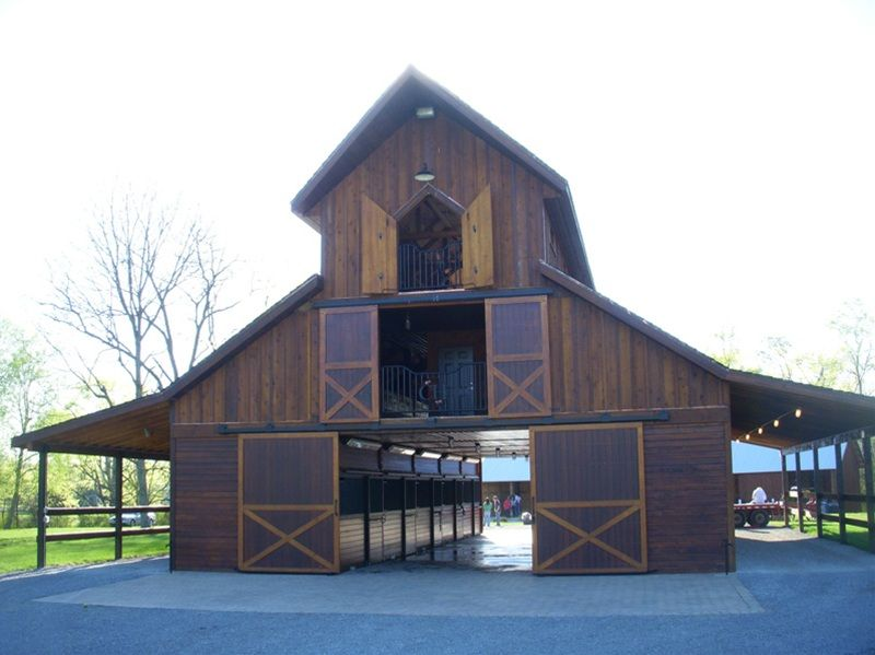 This site has awesome barn plans one day i 39 ll have one for Horse barn designs
