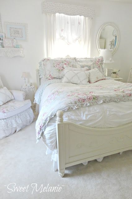 Sweet melanie my perspective on a beach cottage bedroom sweet melanie dormitorio shabby - Habitaciones shabby chic ...