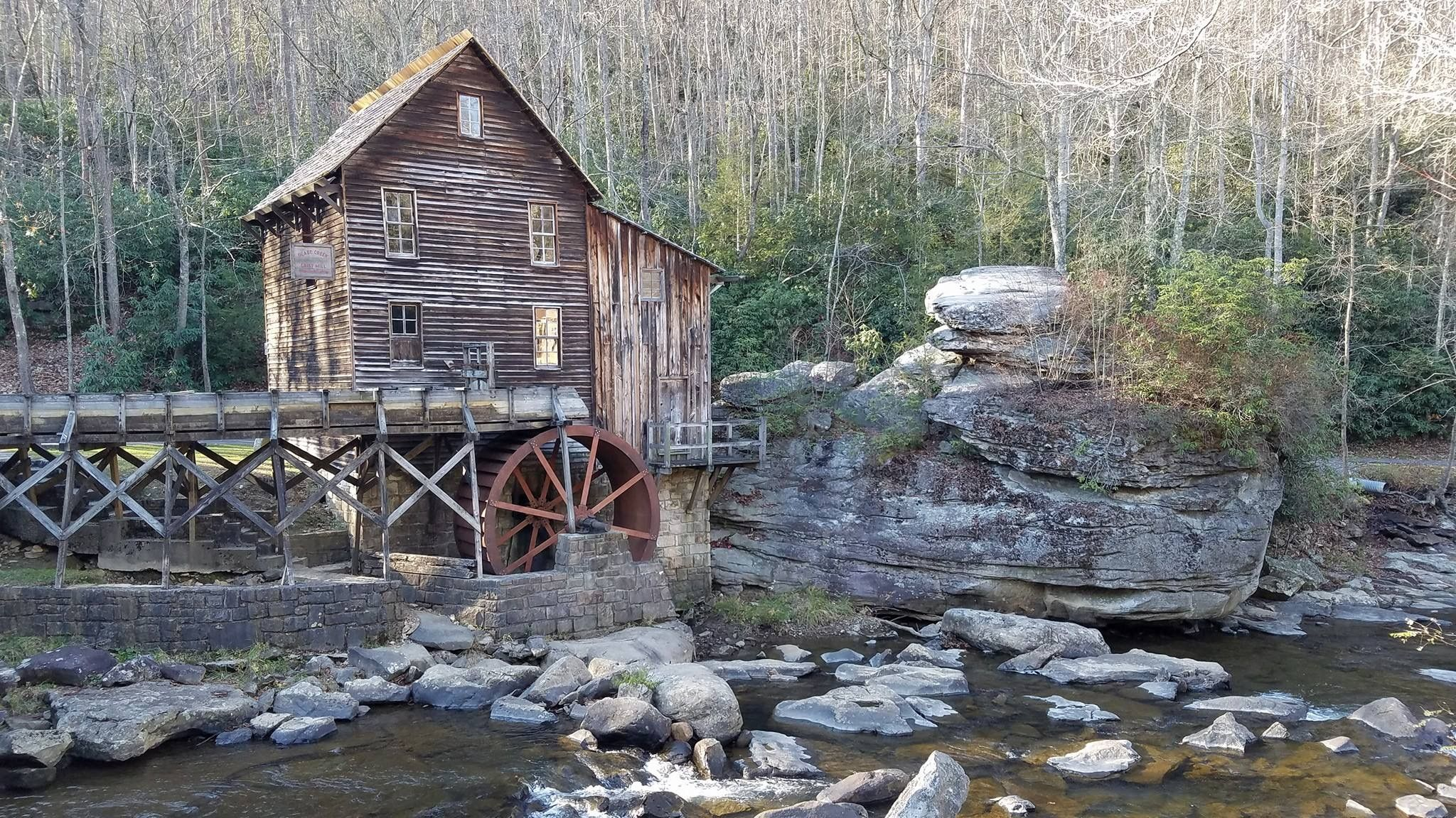 pigeon bee miss near haven cabins forge bedroom cabin tn sevierville rental dollywood