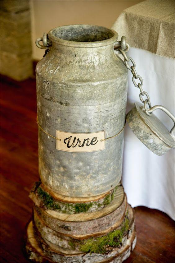 ayez une urne originale pour votre mariage un bidon de lait vintage. Black Bedroom Furniture Sets. Home Design Ideas