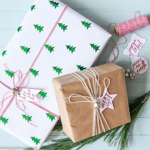 Jingle Bell Gift Wrapping with Free Printable Christmas Gift Labels – The Happy Housie