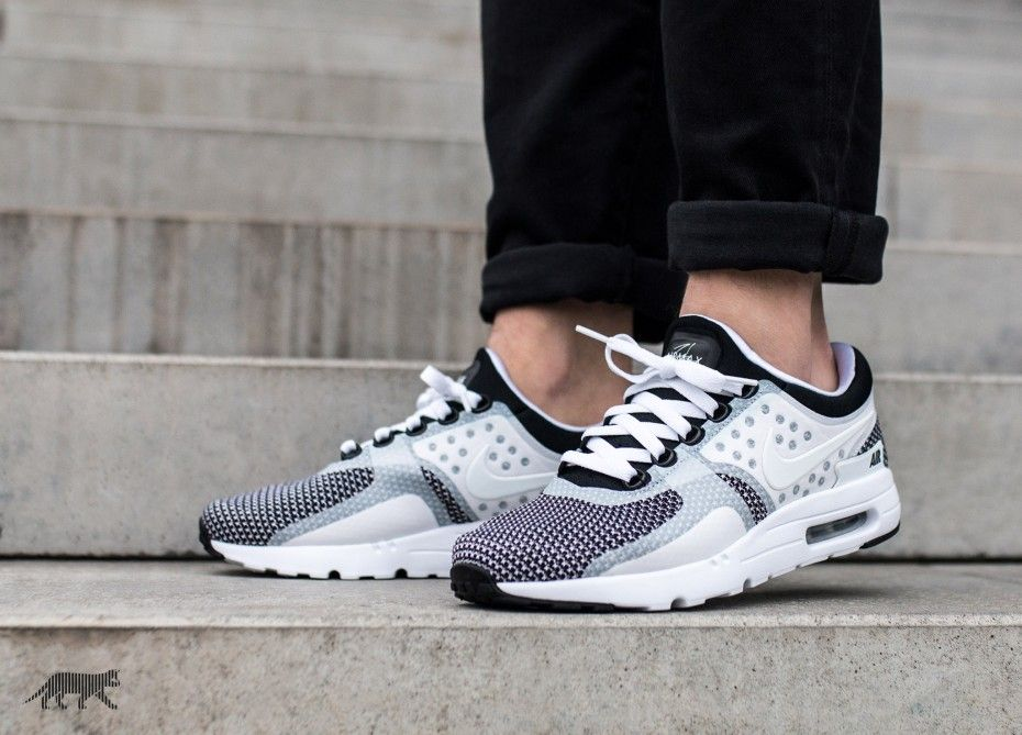 Nike Air Max Zero Essential (Black / White - Wolf Grey)