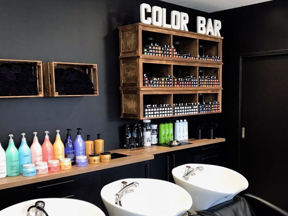 Salon De Coiffure Ilea Miint Design D Espace Decoration Salon De Coiffure Mobilier Salon De Coiffure Petit Salon De Coiffure