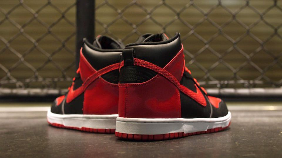 hot sale online 345c6 f3308 Nike Dunk High LE - Black   Sport Red   White   Sole Collector