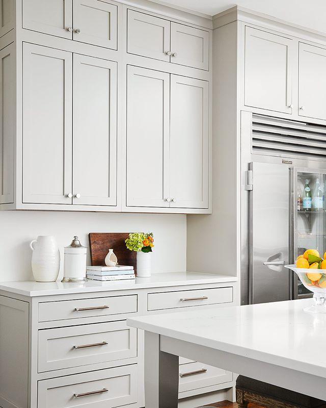 Best Pale Grey Inset Cabinetry Vintage Kitchen Design 640 x 480
