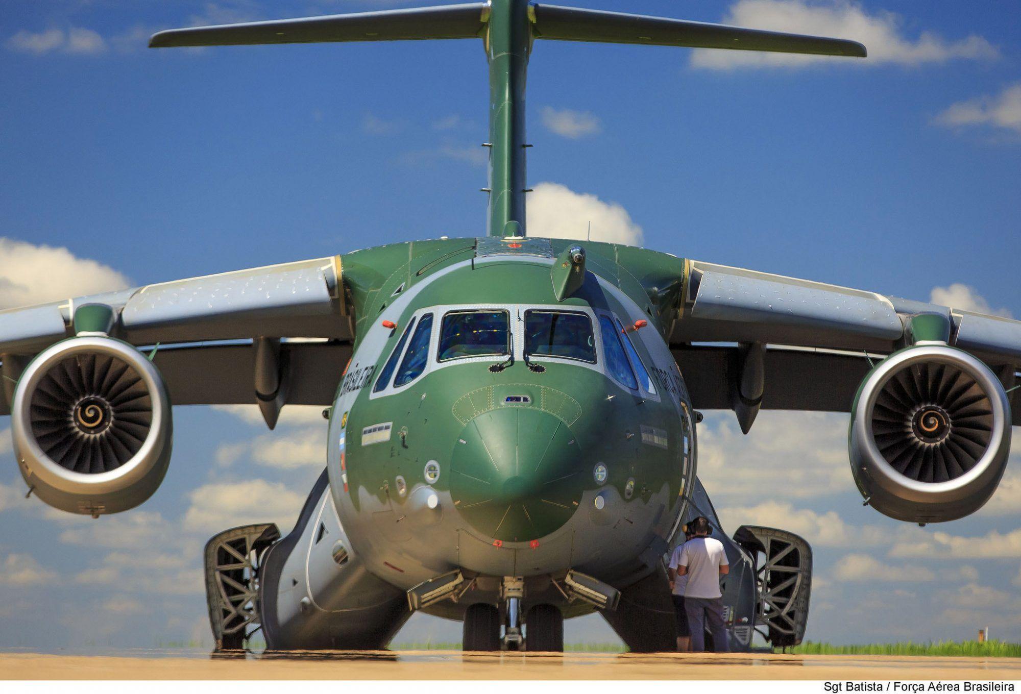 30220c6bc6722 Dois primeiros Embraer KC-390 da FAB serão recebidos em 2018 - Poder Aéreo  - Forças Aéreas e Indústria Aeronáutica