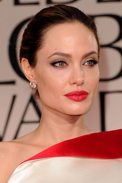 More Pics of Angelina Jolie Red Lipstick | The golden, Beverly ...