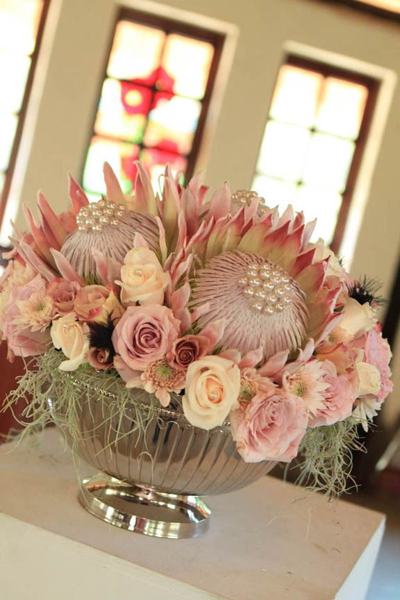 King protea wedding table centre pieces my dream for King protea flower arrangements