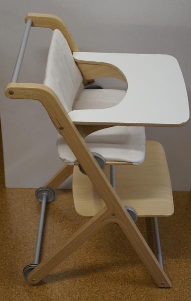 neu hochstuhl ypso von paidi mit essbrett hnl stokke tripp trapp kiez hochst hle. Black Bedroom Furniture Sets. Home Design Ideas