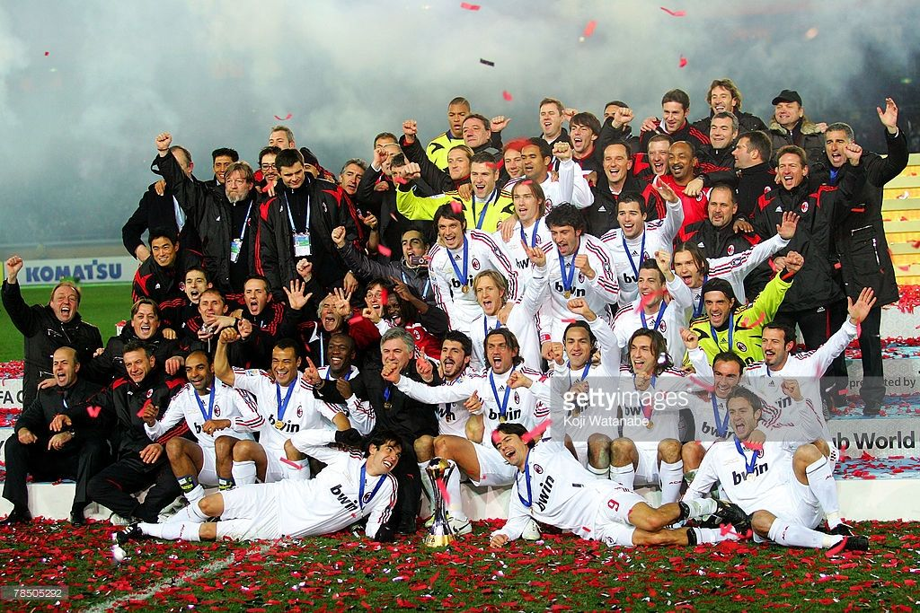 Ac Milan Players Celebrate The Win The Fifa Club World Cup Final Between Boca Juniors And Ac Milan At The Internat Club World Cup Ac Milan Club World Cup Final