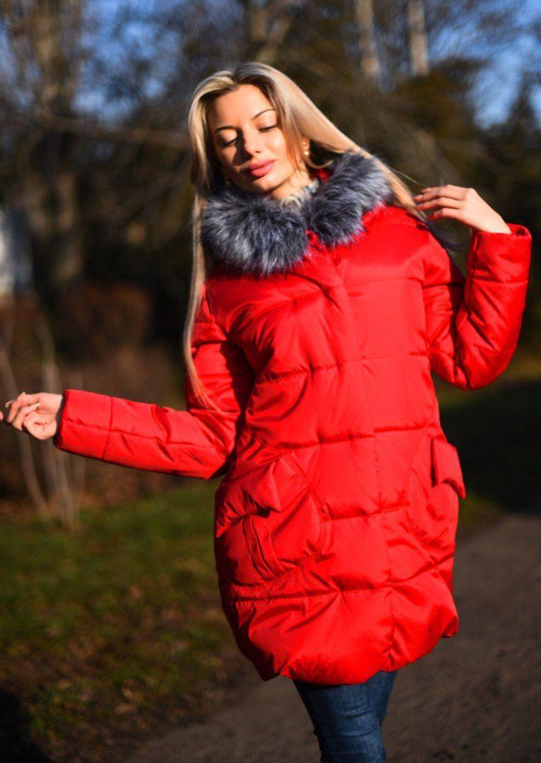 Стильная куртка с мехом на капюшоне и накладными карманами  продажа ... 8d124211d7fe0