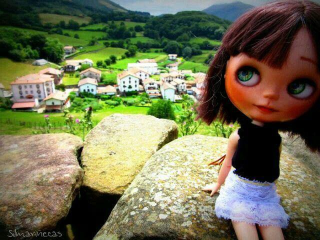 Caty en el Batzan visita Amaiur Maja Navarra