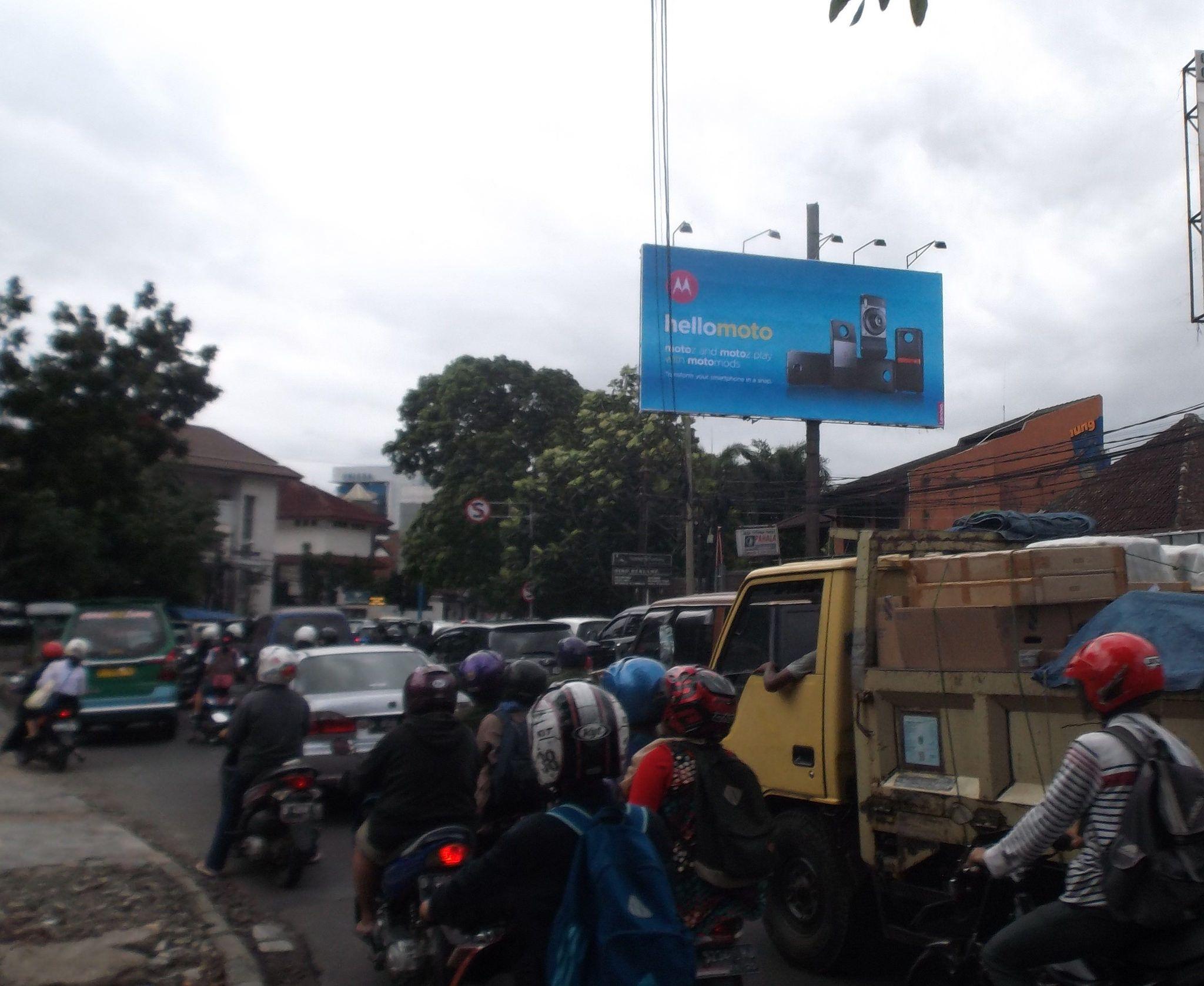Https Www Flickr Com Photos Bandungmediaoutdoor Shares 350u79  # Muebles Diz Callon