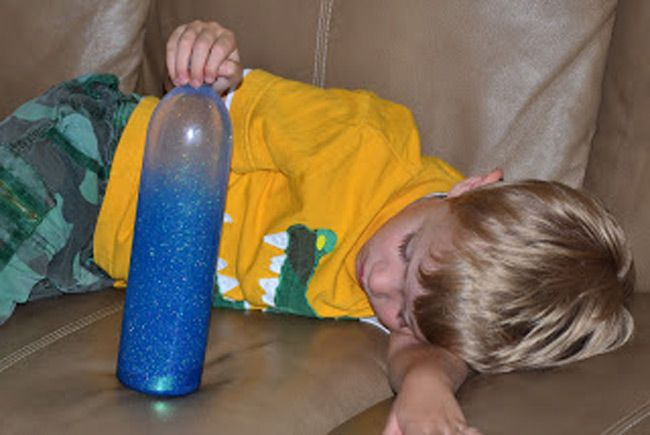 Fill a bottle with water, glitter glue, and loose glitter. Time Out lasts until all of the glitter settles to the bottom.
