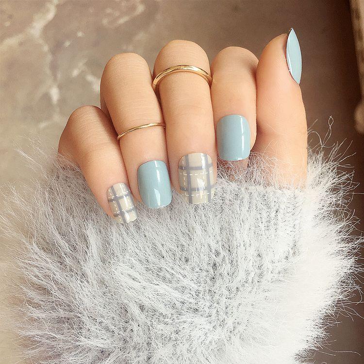 Yunail Lattice Solid Fake Nails Short 24pcs Blue/Purple Full Oval ...