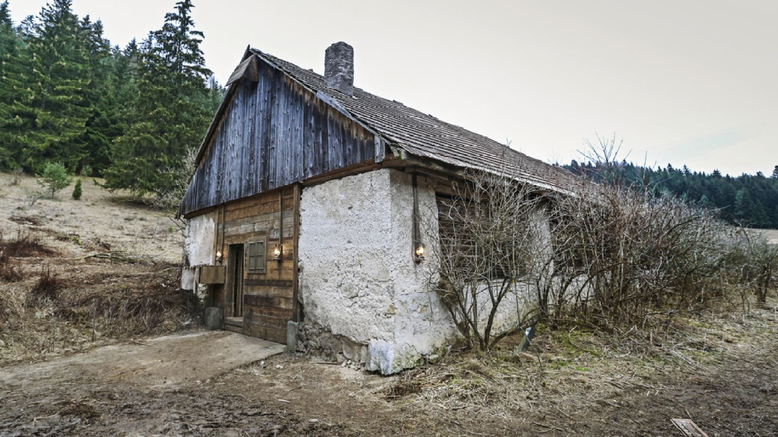 Hygienici si posvietia na Farmu vysoko v horách. | Nový Čas