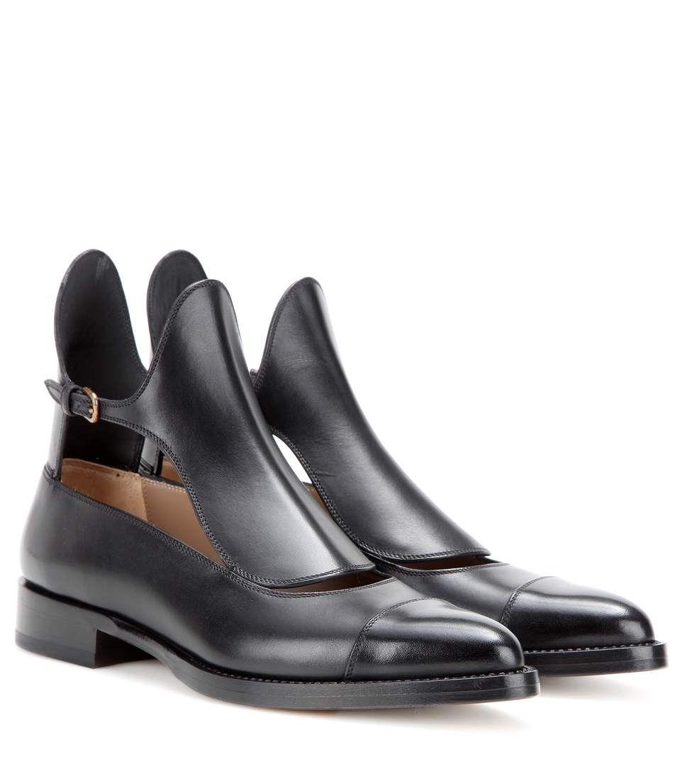 FRANCESCO RUSSO Cut-Out Leather Ankle Boots. #francescorusso #shoes #boots