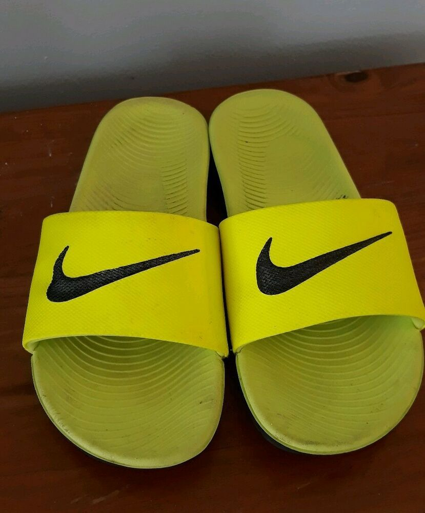 Nike Youth Size 6 Slide Sandals Neon