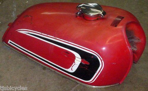 Vintage 1970s Honda Cb360 Red Motorcycle Gas Tank Ebay Red Motorcycle Gas Tanks Honda