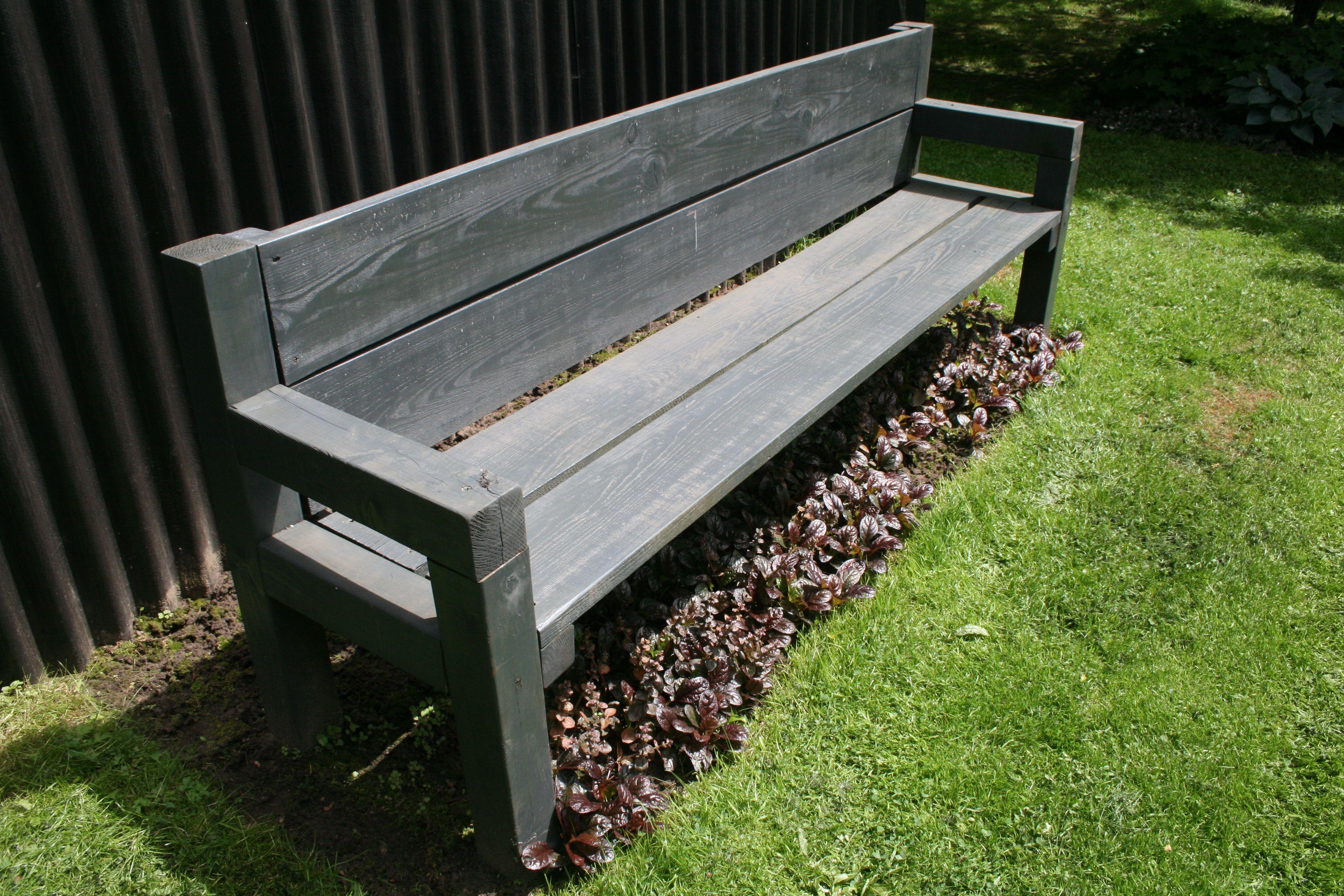 HOLZBANK / GARTEN IN HOLLAND | Garten | Pinterest | Banks, Tables ...