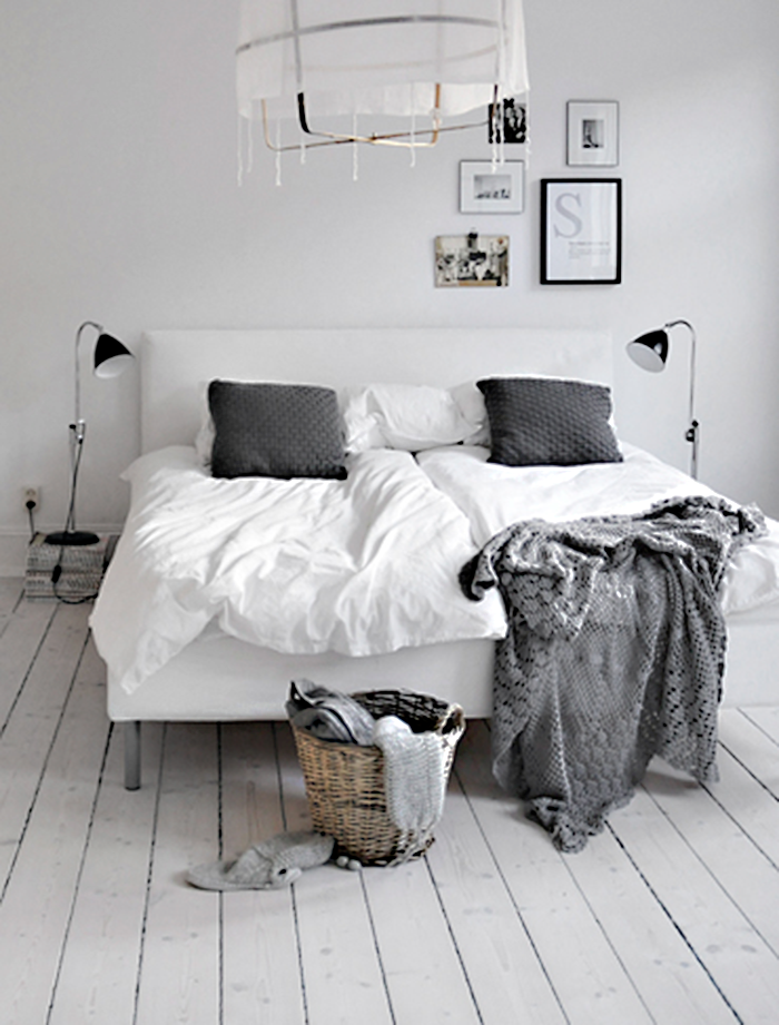 Adorable white bedrooms that insipre for love
