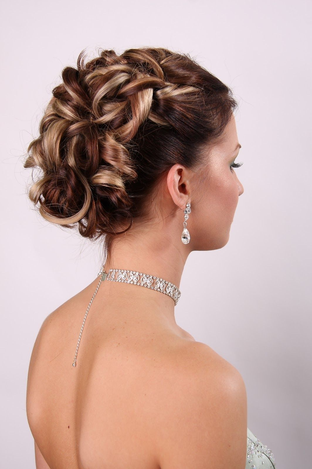 La Boda De Dama De Honor De Peinados Para Pelo Corto Peinados Pelo