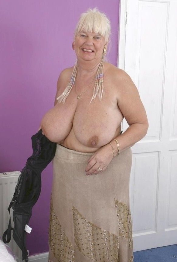 Granny titti, nayantara sex videos