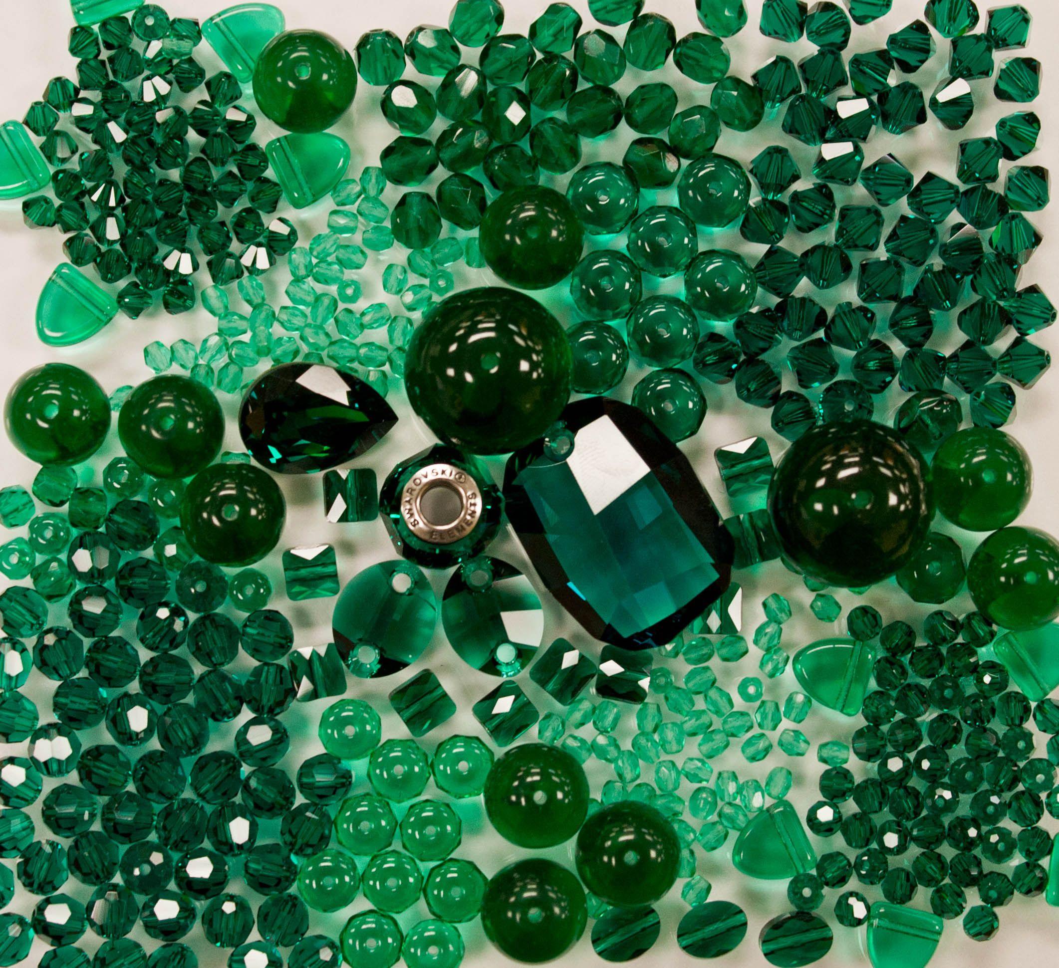 Изумрудно зеленый в картинках