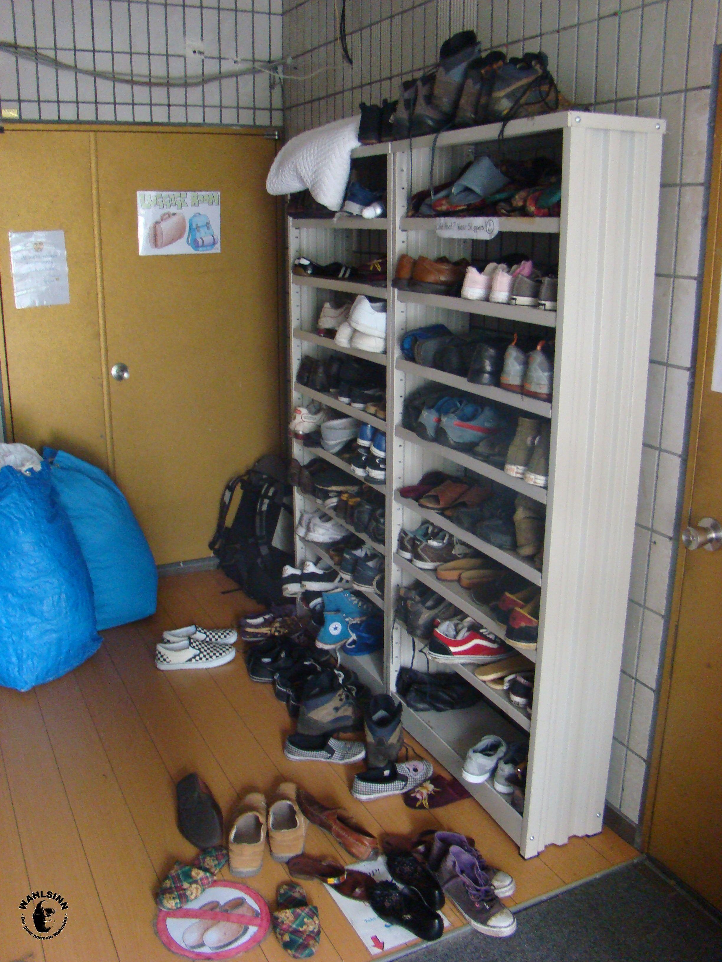Japan // Tokio - Asakusa Smile Hostel: Schuhe aus, sonst ist der Dreck drin!