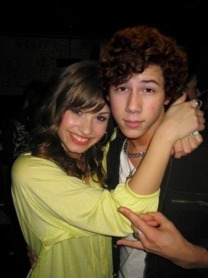 Nick dating demi