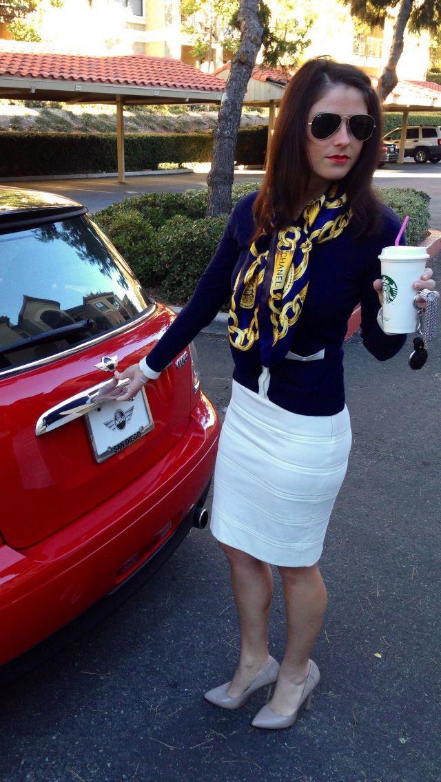 Preppy business fashion & #Chanel scarf. #AmorettiStyle #AmorettiFashion #AmorettiLifeTip #VanessaAmoretti #BusinessWomen