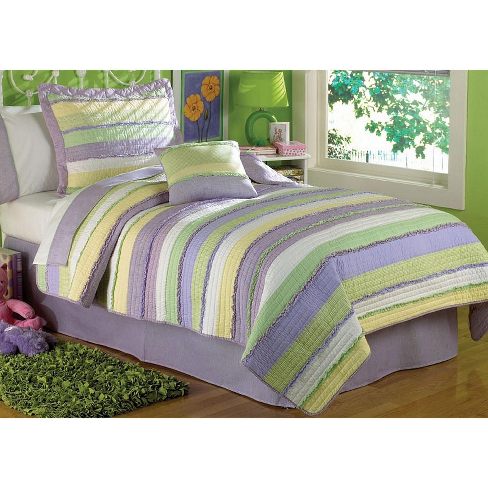 My World Annas Ruffle Purple Cotton Quilt with Pillow Sham(s) - Bed ...