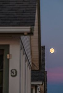 moon rise over days cottages adventures i want to take